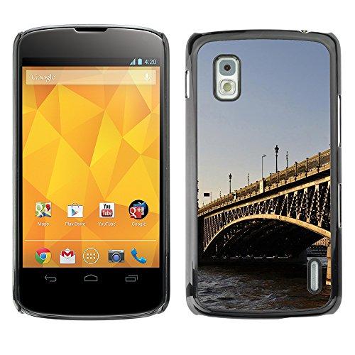 Qcase Slim Pc / Aluminium Sleek Case Cover Armor Shell -- Architecture London Bridge -- Lg Google Nexus 4