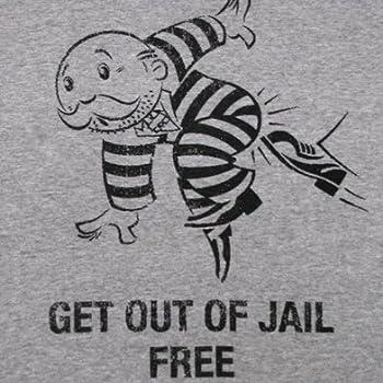 モノポリー GET OUT OF JAIL Tシャツ Sサイズ [並行輸入品]