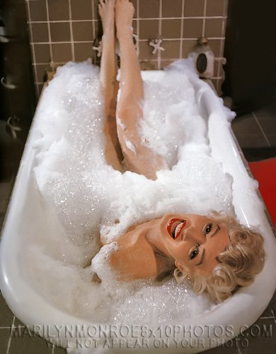 Marilyn Monroe Bubble Bath