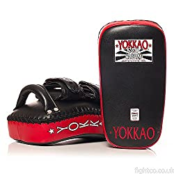 Yokkao Curved Thai Pads - Black/Red