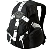 Oakley Icon Backpack 3.0 - 1952cu in Black/White, One Size