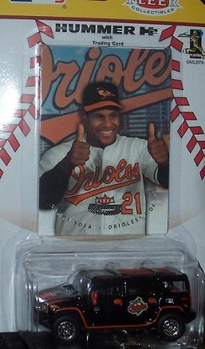 baltimore-orioles-2005-fleer-mlb-diecast-hummer-h2-1-64-scale-with-sammy-sosa-ultra-card-collectible