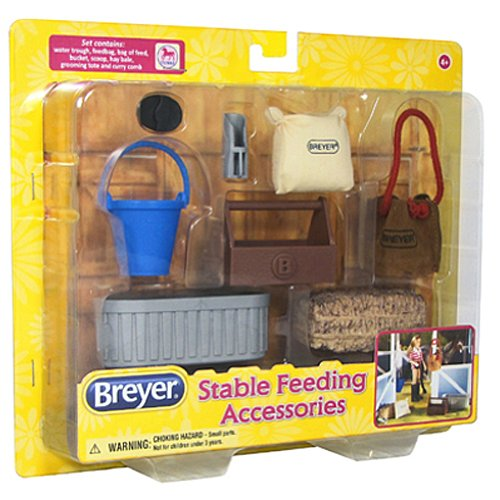 Breyer 8 Piece Stable Feeding Accessory Set