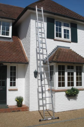 5.43m- 3 Section Extension Ladder with Integral Stabiliser