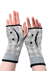Green 3 Apparel Recycled Emoticons Hand Warmers (Grey)