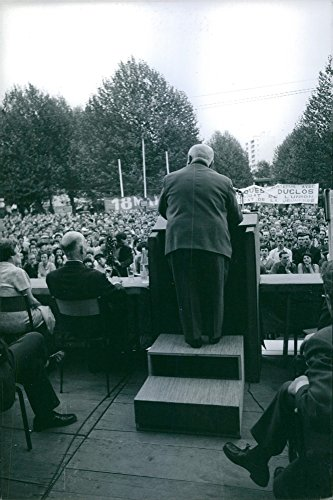 vintage-photo-of-jacques-duclos-addressing-the-crowd-1969