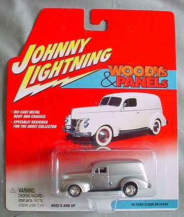 Johnny Lightning Custom Woodys & Panels '40 Ford Sedan Delivery SILVER