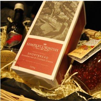 Simply Cornish Hampers Cornish Treat Gift Box In a Wicker Basket