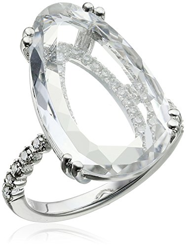 Suzanne-Kalan-Vitrine-White-Topaz-and-Diamond-Ring