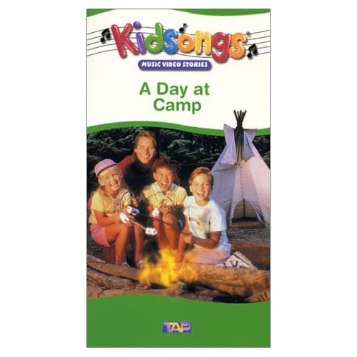 .com: Kidsongs - A Day At Camp [VHS]: Bruce Gowers, The Kidsongs Kids