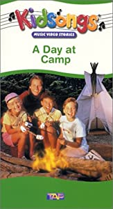 Amazon.com: Kidsongs - A Day At Camp [VHS]: Bruce Gowers