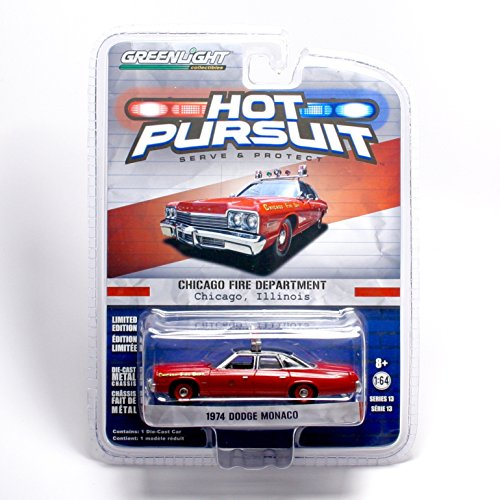 Greenlight Hot Pursuit Series 13 - Chicago Fire Department 1974 Dodge Monaco Die-Cast