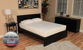 DreamFoam Bedding 8-Inch Memory Foam Bed, Queen