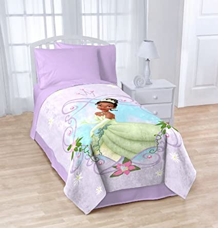 Disney Princess and the Frog Tiana Blanket Twin   Full Micro Raschel Throw    62  X 90. Beautiful Frog Bedroom Decor Ideas for Frog Lovers