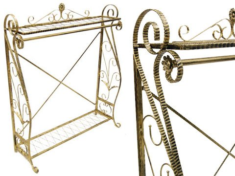 (Ty-Jl06) Antique Boutique Style Garment Rack, Single Hanging Bar And Top And Bottom Iron Metal Wire Display Shelves.