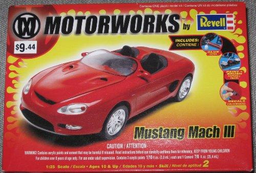 Mustang Mach III 1:25 Scale Model Kit