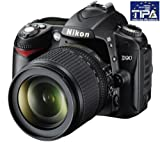 NIKON D90 + obiettivo AF-S DX Nikkor 18-105mm f / 3.5-5.6G ED VR + Zaino Expert Shot Digital - nero / arancione + Scheda memoria SDHC 16 Gb Class 10