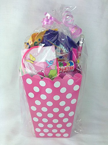 girls-pink-polka-dot-treat-boxes-girls-pre-filled-party-bags