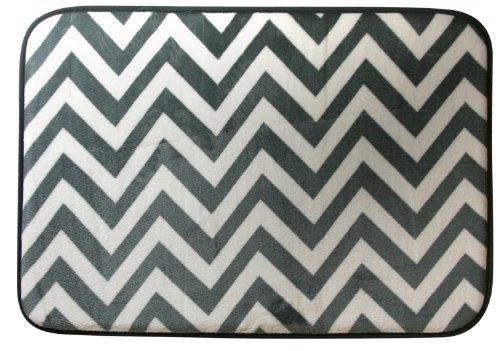 Northpoint Ruya Printed Velvet Memory Foam Bath Rug, 17 By 24-Inch, Chevron front-751936