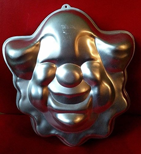 Wilton Bozo the Clown Cake Pan -- RETIRED -- as shown (Clown Cake Pan compare prices)
