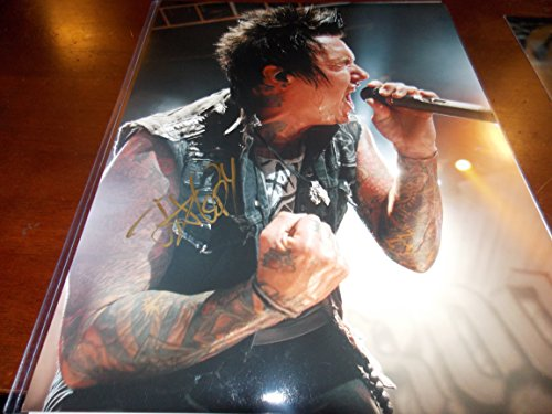 jacoby-shaddix-signed-papa-roach-concert-11x14