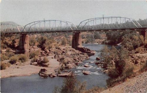 Bridge over Feather River in Yuba City, California