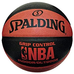 Spalding 3001550010917 Nba Grip Control Ballon de basketball intérieur/extérieur Taille 7