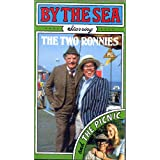 The Two Ronnies - By the Sea & The Picnic [VHS]by Ronnie Barker