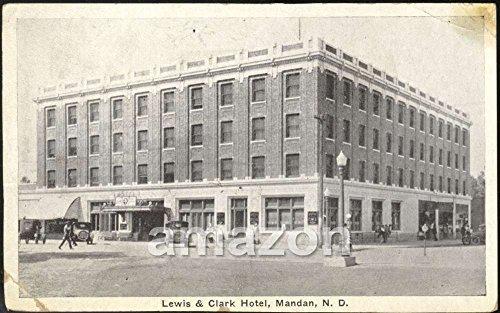 lewis-clark-hotel-mandan-nd-postcard-aki-056