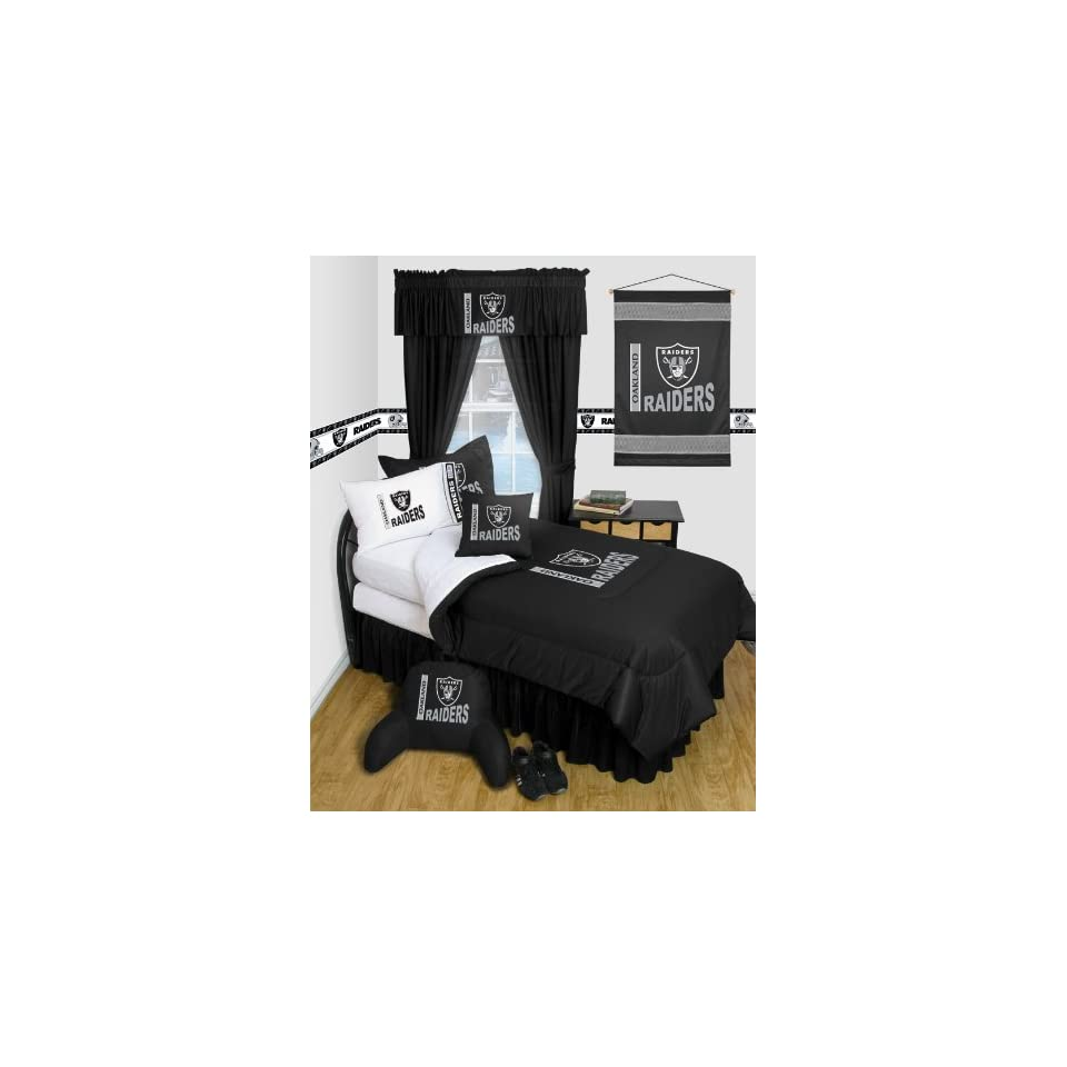 Oakland Raiders NFL TWIN Comforter WITH FREE Oakland Raiders PILLOWCASE   Locker Room Series