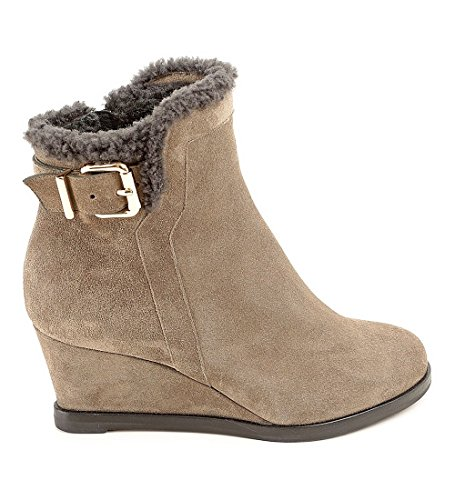Fendi Womens 8i4368 Tk6 Fop6t Taupe Suede Ankle Boots