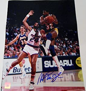 Magic Johnson Signed 11x14 Photo w COA Los Angeles Lakers L.A. Michigan St. #5
