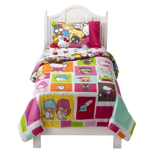 "Hello Kitty ""Kitty and Friends"" Comforter – Twin"