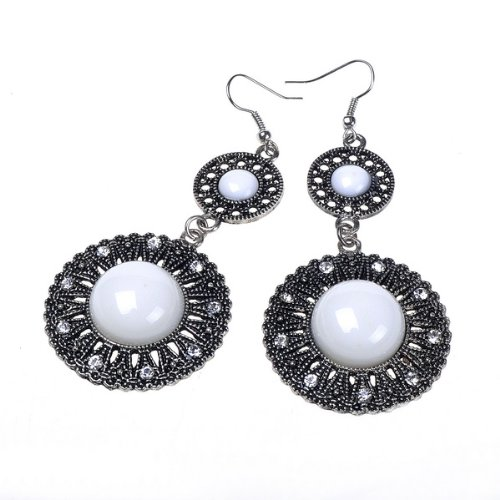 Beautiful White Vintage Look Design Archaize Earring Long Dangle Drop Earrings