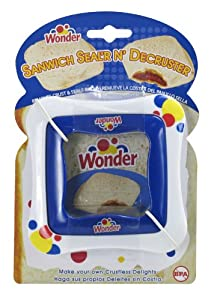 Wonder Sandwich Sealer N Decruster (Colors may vary)