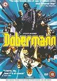 Dobermann packshot