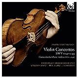 J.S.バッハ : ヴァイオリン協奏曲集 (J.S.Bach : Violin Concertos BWV 1041-1043 | Concerto for three violins BWV 1064R / Freiburger Barockorchester , Von Der Goltz | Mullejans | Schreiber) [輸入盤・日本語解説付]