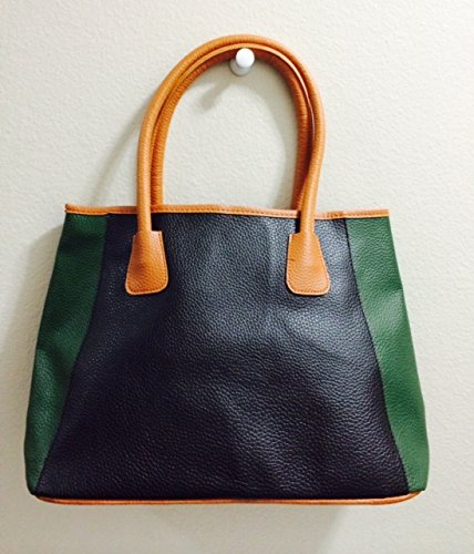 neiman-marcus-fall-beauty-even-bag-black-and-green