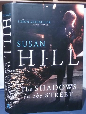 The Shadows in the Street  -  Susan Hill   [epub+mobi]