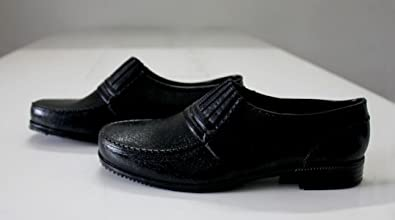 Jaguar safety shoe available at Amazon for Rs.350
