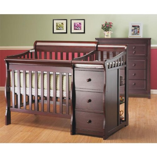 Sorelle Newport Mini Convertible Crib and Changer, Merlot