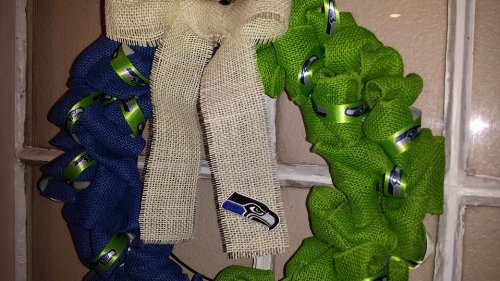 Seattle Seahawks Burlap Wreath at Amazon.com