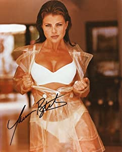 YASMINE BLEETH * sexy swimsuit signed 8x10 photo / UACC RD # 212 at