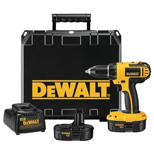 New - DEWALT DC720KA 18-VOLT CORDLESS COMPACT DRILL/DRIVER KIT