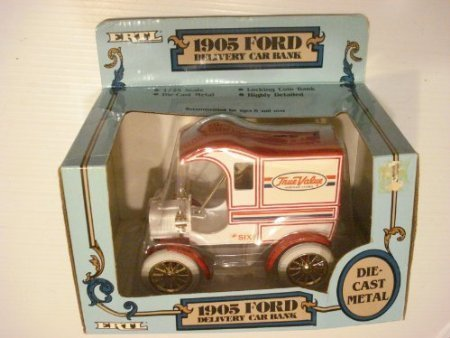 1905-ford-delivery-car-true-value-die-cast-replica-bank-125-scale