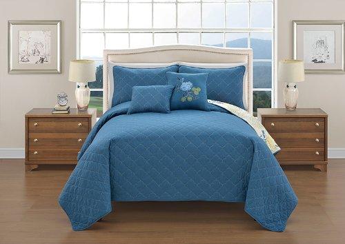 Victoria Classics Bedding front-1028706