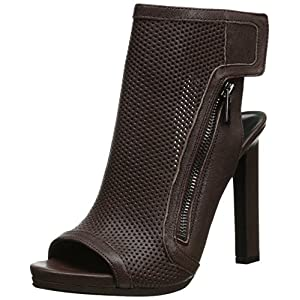 Nine West Women's Tiptoe Boot