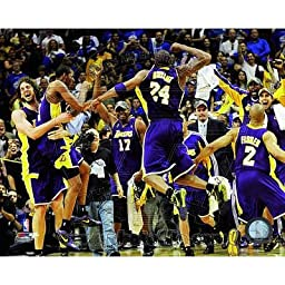 (11x14) The Los Angeles Lakers celebrate Game Five of the 2009 NBA Finals Glossy Photograph Photo
