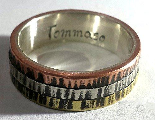 Anello di fidanzamento d'argento con tre metalli sull'esterno, stile cartier