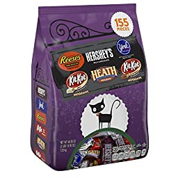 HERSHEY\'S Halloween Snack Size Assortment (46.95-Ounce Bag, 155 Pieces)